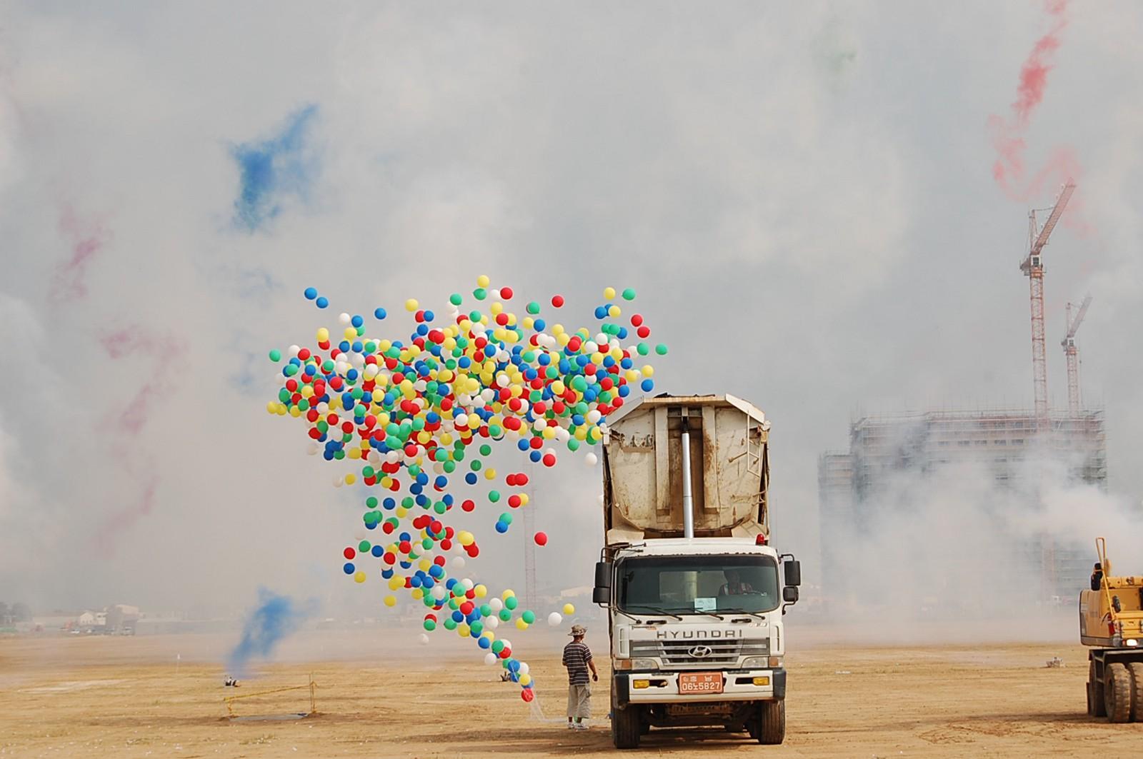 balloon-truck